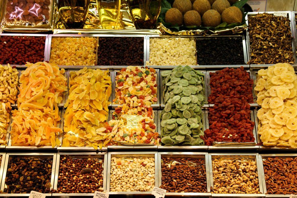 7 zdrowych zamienników słodyczy, które musisz poznać
